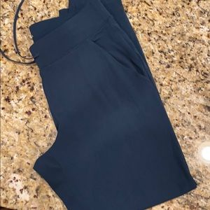 Athleta teal crop size small- GUC